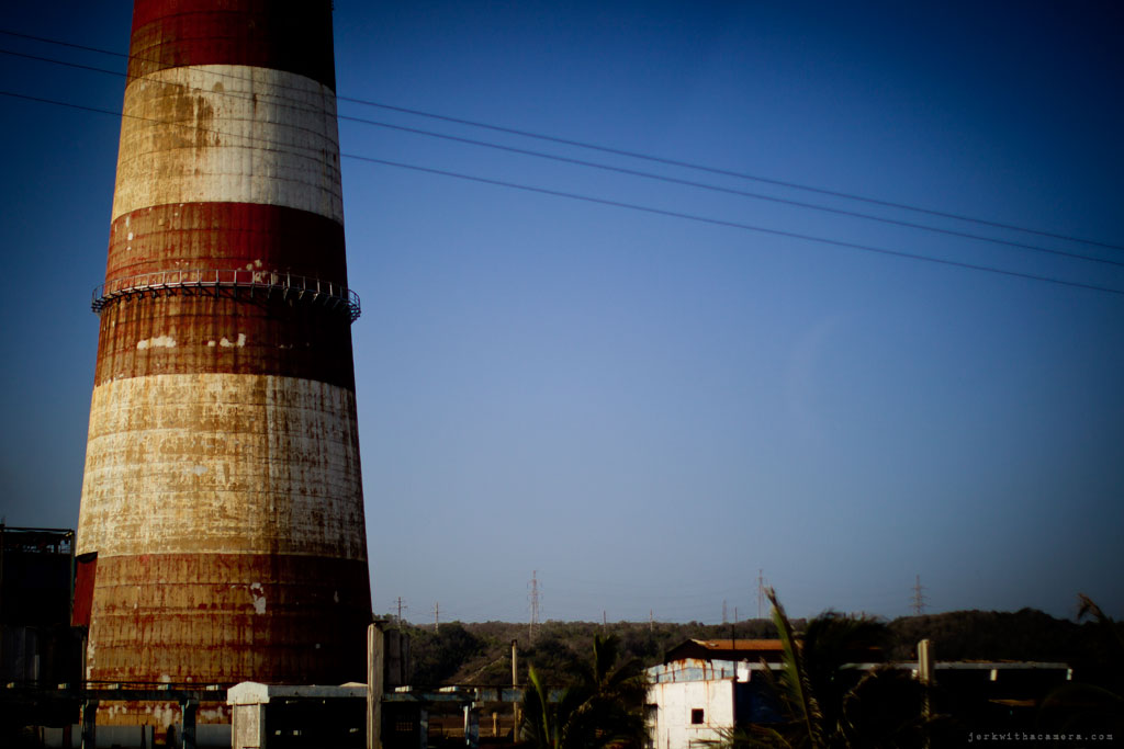 Cuba-2011-trip-smokestack-002