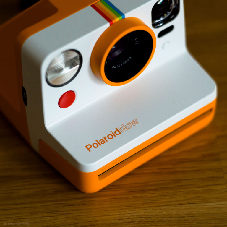 Polaroid Now (in Orange)
